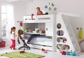 comment construire un lit mezzanine pour enfant les. Black Bedroom Furniture Sets. Home Design Ideas